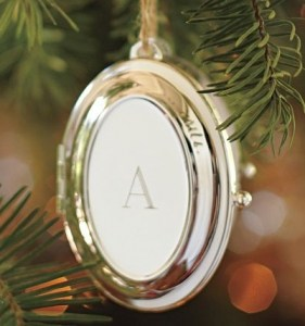 Oval Locket Ornament