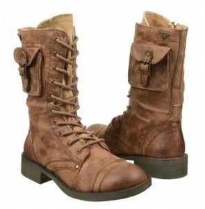 Roxy Seattle Boots | Fashionable Fall Pieces | The Mindful Shopper