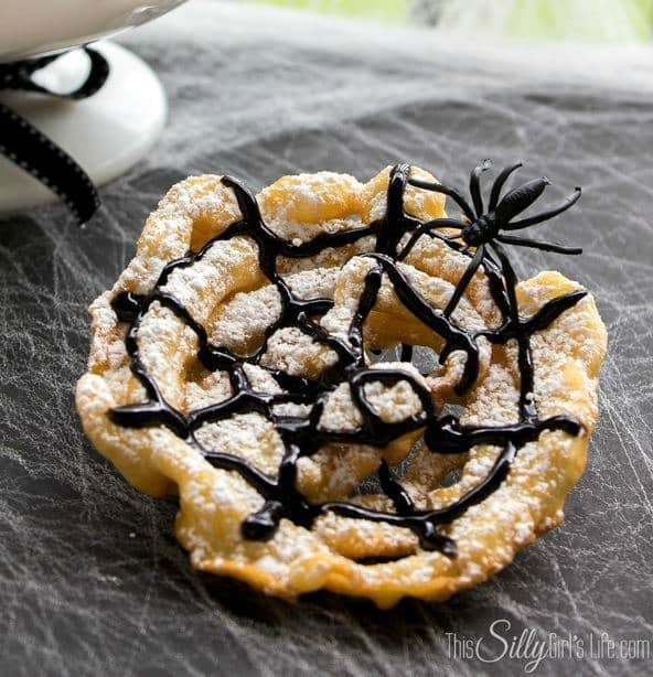 Crispy Spider Webs from This Silly Girl's Life | Spookalicious Halloween Treats