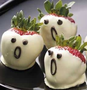Strawberry Ghosts from Taste of Home
