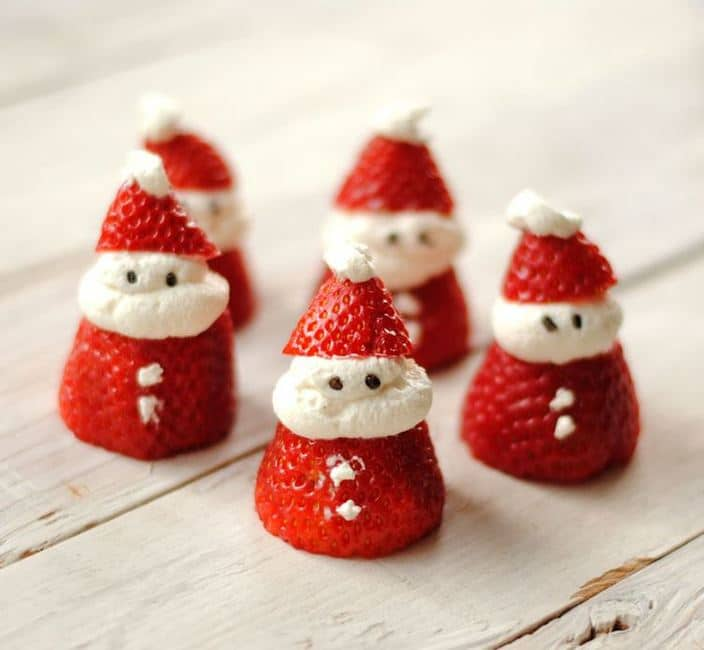 Santa Strawberries from Leanne Bakes