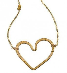 Nashelle Open Heart Necklace | The Mindful Shopper | Valentine's Day Picks
