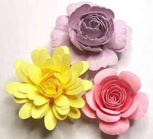 Rolled Paper Flowers from Birdscards