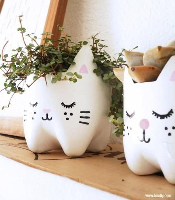Kitty Planters Made Using Recycled Bottles from BruDIY