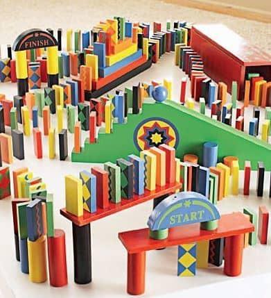 Ultimate 255-Piece Domino Race Set