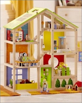 Furnished All Season Dollhouse